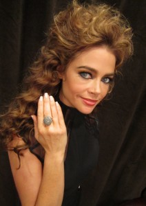 Denise Richards in Guy &  Eva