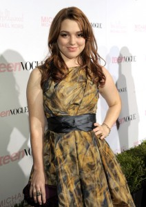 Jennifer Stone in Sonyarenee