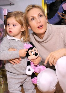 Kelly Rutherford and Helena