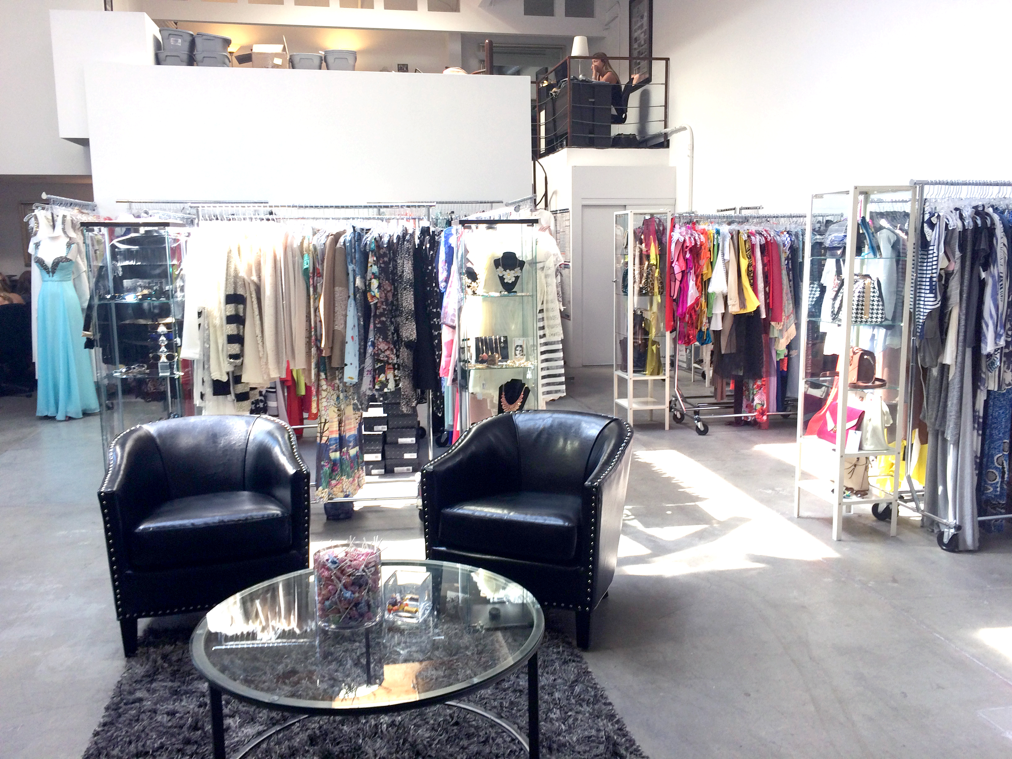 Best Fashion showrooms in Los Angeles, CA - Yelp 73