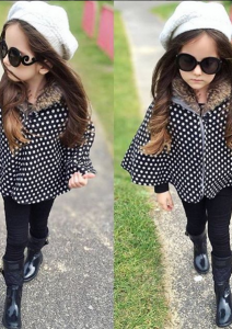Kid Blogger Laerta in Mini Molly